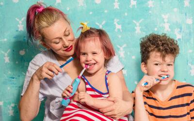 La higiene bucodental és un hàbit fonamental per garantir la salut de les dents dels més petits